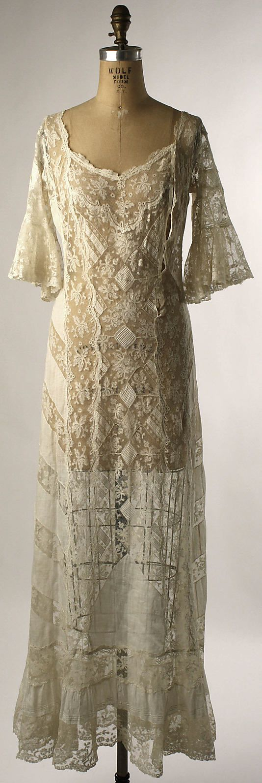 Morning dress, 1820-1850. Dresses were identified by the time of day. Morning dresses were the least informal, like this dress they were made of cotton or fine linen with lace or ruffled trimmings.