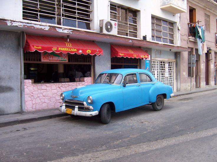 Oldtimer Havanna Kuba • #cigar #lounge, #smokers #lounge, #cigar retailer • #Zigarren #Lounge, #Zigarren #Fachhandel • Y JULIETA - finest #cigars • #Munich, #Muenchen #Germany • www.y-julieta.de