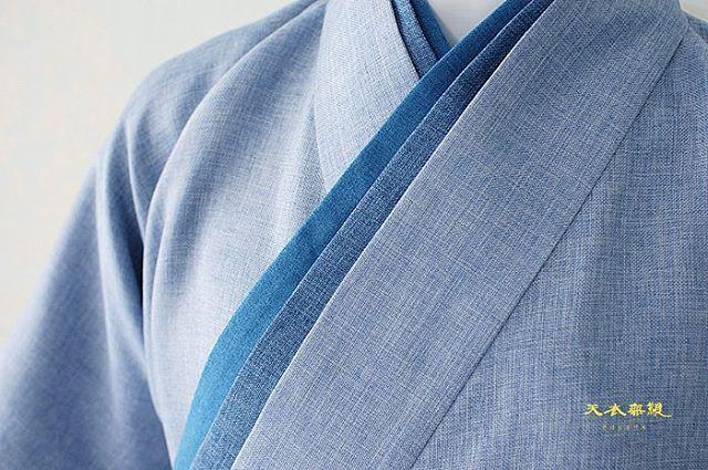 ㄹ 리을라인 비대칭 생활한복의 세계 ❤천의무봉❤   ※연출해서 촬영한 사진임을 안내드립니다.※   #천의무봉 #디자인 의 세계 #남자생활한복 의 새로운 세상을 열어갑니다❤ 아름다운.. 최고의 바느질을 추구합니다.  #돌한복 #스냅 #돌잔치 #돌복  #wedding #fashionshow #Korea #art #color #hanbok #designer #design #model #한복화보 #skirt #전통한복 #남자한복 #생활한복 #gangnamstyle #한복디자이너 #interior #한복 #패션쇼 #kpop #fashion #style