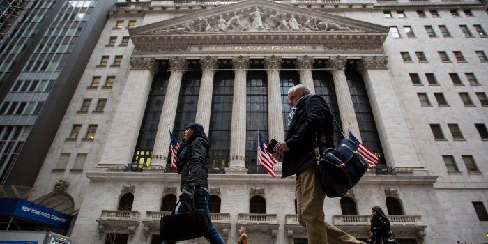Dow Closes Lower as Markets Look to Stabilize - WSJ