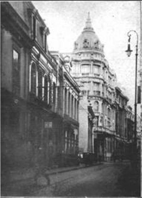 Edificio de la Bolsa de Valores, calle Prat,  Año 1925