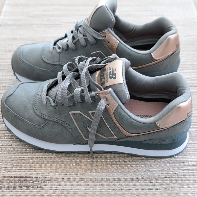 new balance 574 green & light grey suede trainers