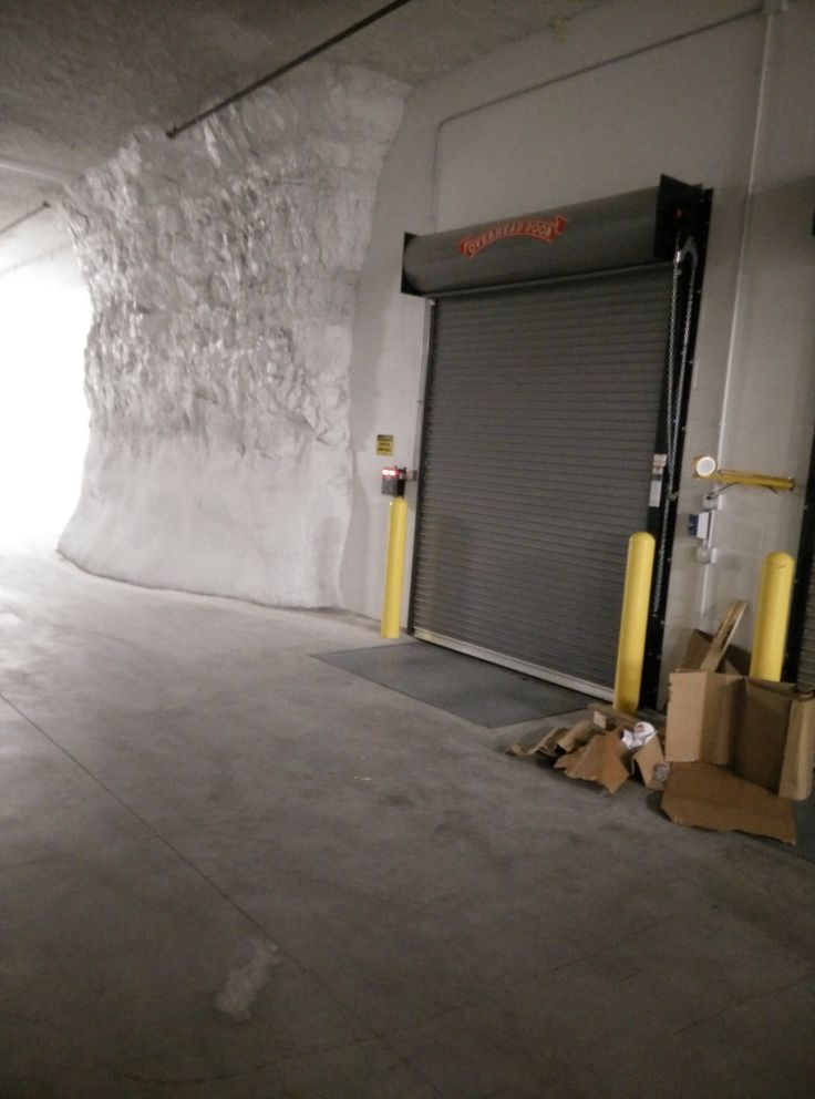 Overhead Door Company Of Kansas City, MO Installed Insulated Rolling Storm  Tite Doors And Loading