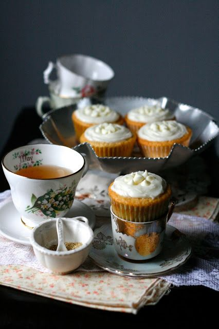 White Chocolate Honey Chamomile Cupcakes | Teatime | Pinterest