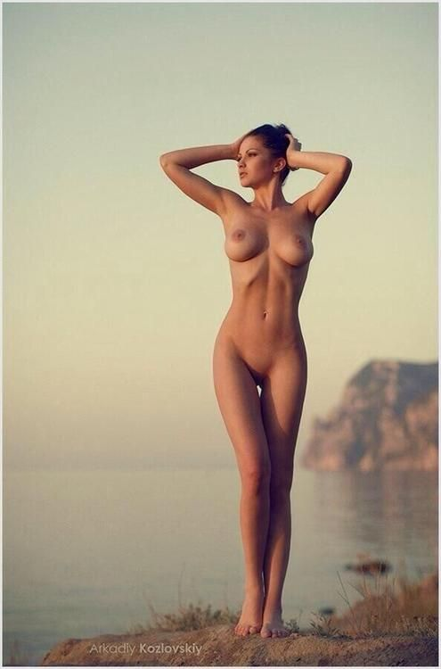 hot mediterranean women naked