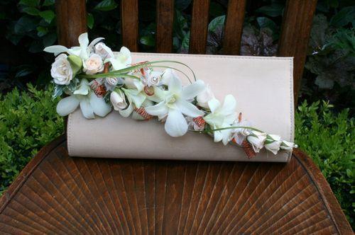 Clutch bag corsage