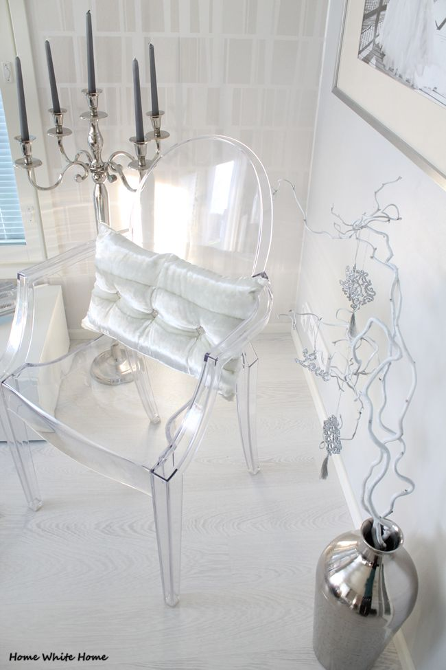Kartell Louis Ghost & White Xmas - Home White Home -blog