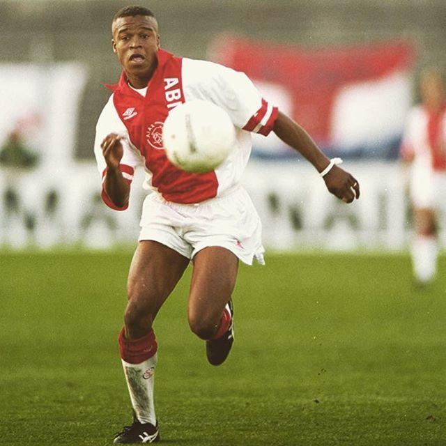 Edgar Davids at ajax. #davids #edgardavids #ajax #ajaxamsterdam #amsterdam #eredivisie #holland #netherlands #dutch #dutchfootball #football #footballplayer #retro #retrofootball #vintage #vintagefootball #classickit #classicfootball #oldschool #soccer #soccerplayer #europe #europeanfootball #90s #90sfootball