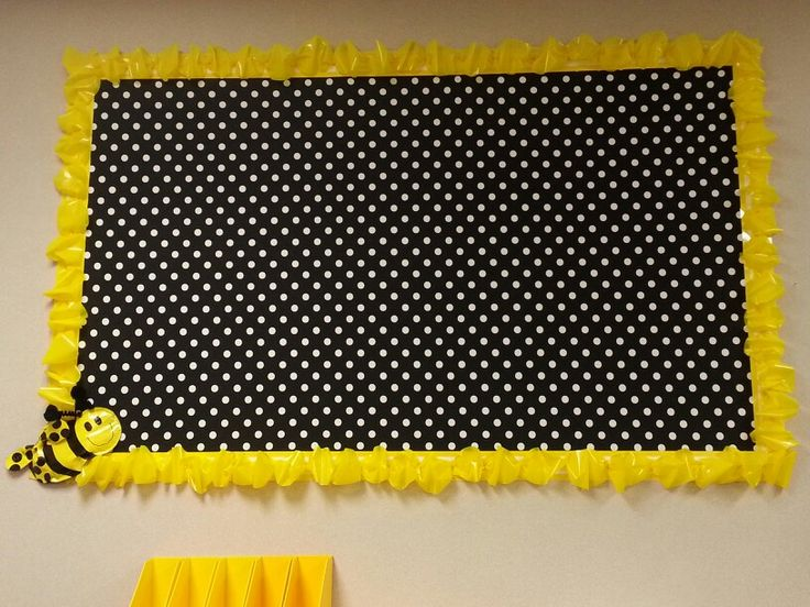 Polka Dot and Bee themed bulletin Board...adorable.  Not sure where to get the supplies they used to do it.