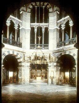 Carolingian art and architecture. Pfalzkapelle, Palatine Chapel Interior Aachen, Germany.