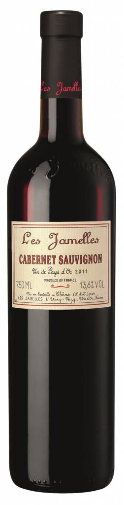 Bestel Les Jamelles Cabernet-Sauvignon Pays d'Oc IGP. Zachte rode wijn met in de geur aroma's van cassis, kersen en bramen. Vleugje rozemarijn en tijm in de afdronk. Goed gebalanceerde smaak met een lange afdronk en rijpe tannines. Een zachte volwassen wijn met fruit en frisheid. #rodewijn #wijn