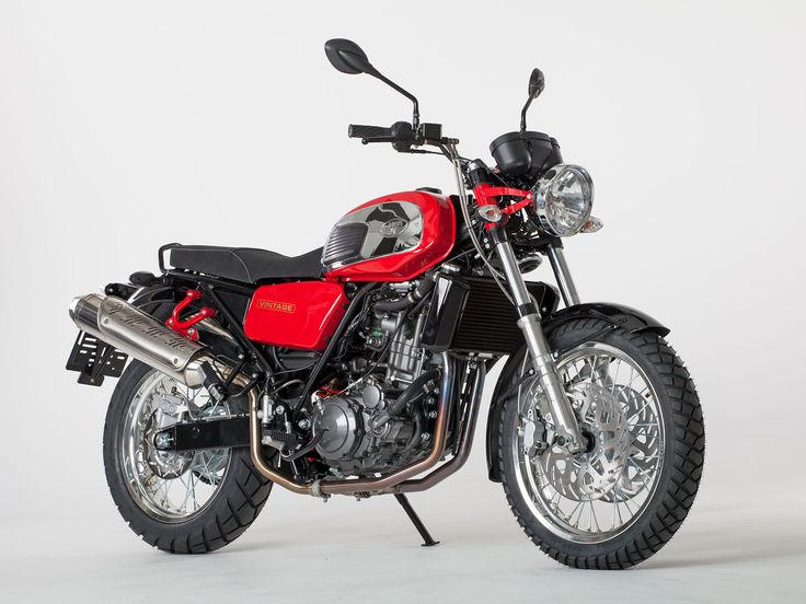 GALERIE: Jsou tady nové motorky Jawa! Retro laděné kousky 350 OHC a 660 Vintage!   FOTO 1   auto.cz