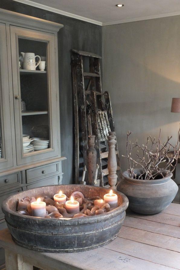 25 beste idee n over oude ladder op pinterest oude ladder decor houten ladder inrichting en - Restyle houten trap ...