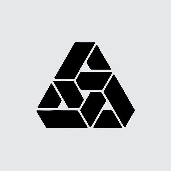 "1,259 Me gusta, 6 comentarios - @logotheke en Instagram: ""State Secretary for Urban Development and Ecology by Manuel Sanchez | 1983 - #logotheke #logo…"""