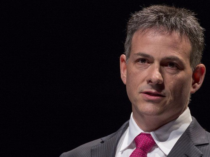 David Einhorn is up against the short seller who brought down Valeant