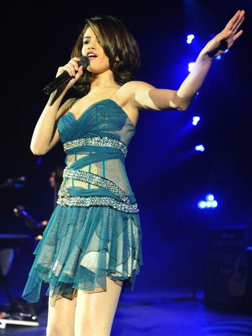 selena gomez concerts  | Photos Selena Gomez en concert à Londres | Glamour magazine
