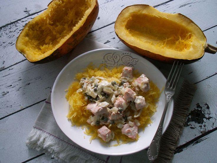 pumpkin pasta with cream sauce, capers and salmon / dynia makaronowa w śmietanowym sosie z kaparami i łososiem