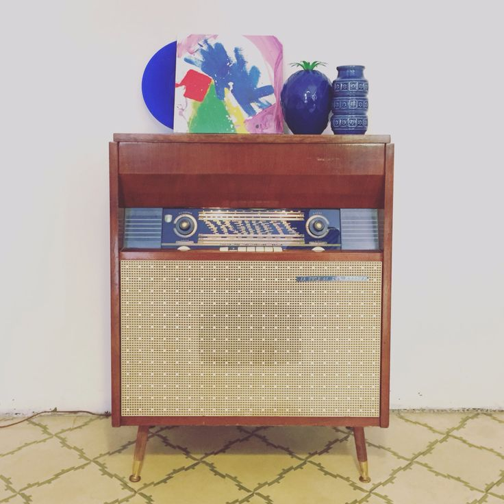 Mueble radio tocadiscos vintage la voix de son ma tre for Mueble para tocadiscos ikea