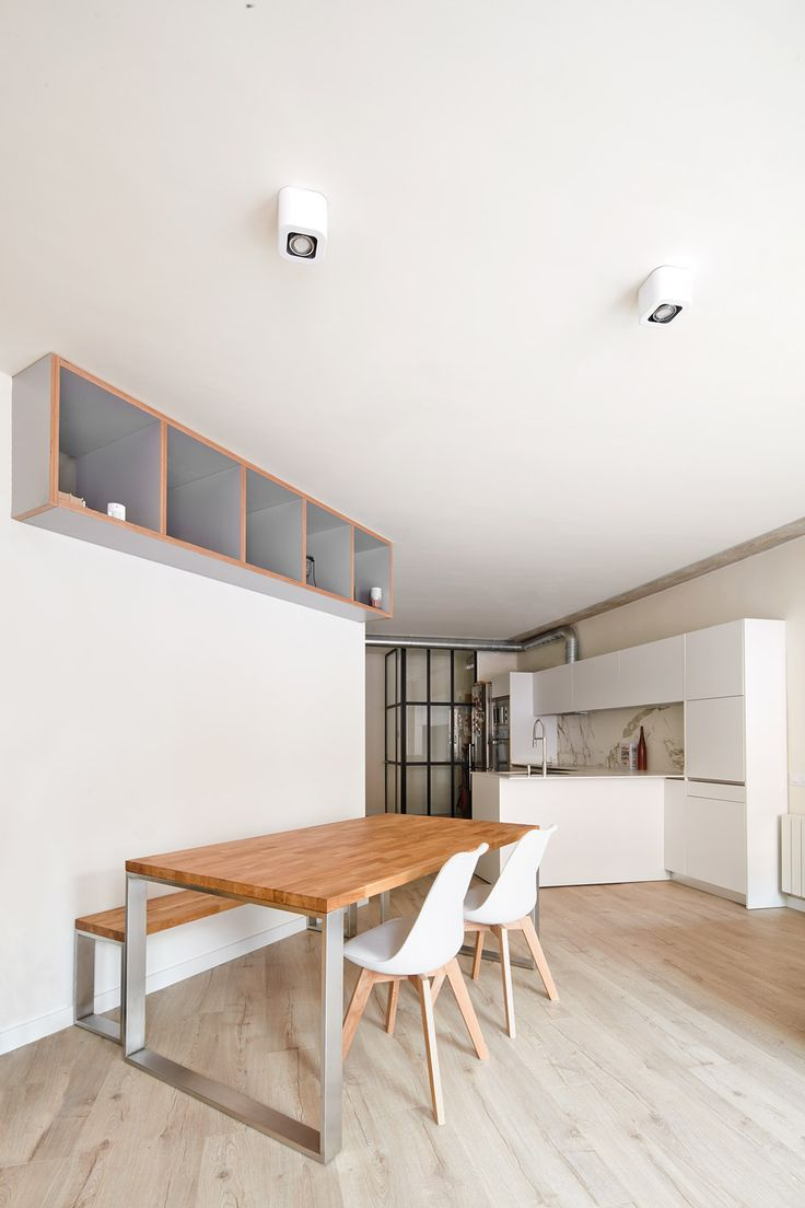 Interior designers office interior design designqube architects amp - S Nchez And His Studio Ras Arquitectura Used Angled Walls To Section Up The 110 Square