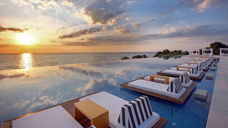 Luxury Travel Resort