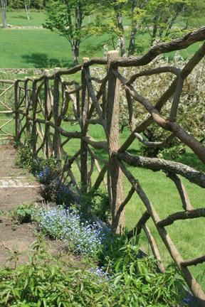 the theme of fences essay Summary: the main theme of august wilson's play fences is restraint, as symbolized by the picket fence that troy builds at rose's requests to surround their house.