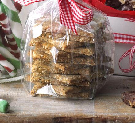 These quick biscuits make a great addition to a cheeseboard or gourmet homemade gift hamper