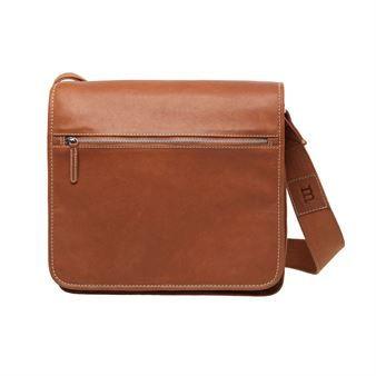 The classic Olkalaukku bag is designed by Tuula Pöyhösen for Marimekko