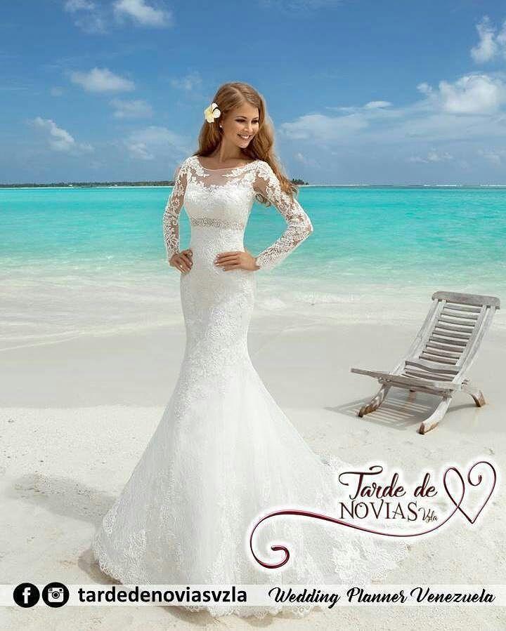 Profesionales para organizar tu Boda  @tardedenoviasvzla Casarte frente al mar? Por supuesto que si! Cómo no ofrecerte un hermoso paquete de Boda Destino que les encantará. Y no te preocupes por el vestido de novia. Contáctanos y te decimos!  Somos tu Destino de Boda. Agenda tu Cita: tardedenoviasvzla@gmail.com  #tardedenoviasvzla #casateenmargarita #promocion #lideresenbodasdedestino #maracaibo #merida #coro #panama #curazao #bonaire #cucuta #bogota #amazonas #maracayera #miranda…