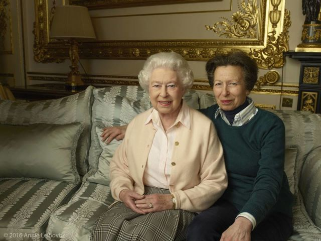 3 New Portraits of Queen Elizabeth Released for Her 90th Birthday,,,, the queen seated alongside her only daughter, Princess Anne.
