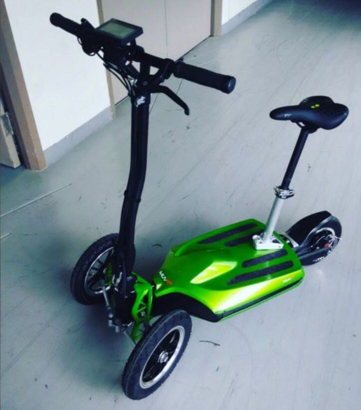first muve electric scooter arrived and it 39 s a beast. Black Bedroom Furniture Sets. Home Design Ideas