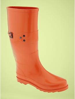 How lovely are these! Would love to have such happy, brightly-colored rainboots :)