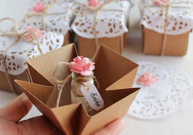 Ideale Brautjungferneinladung für Ihr rustikales, Häuschenchic, Bauernhaus oder Waldhochzeit! Rustikale Brautjungfer Vorschlag Geschenke, so süße Idee, um Ihre Brautjungfern, Trauzeugin, Matrone...