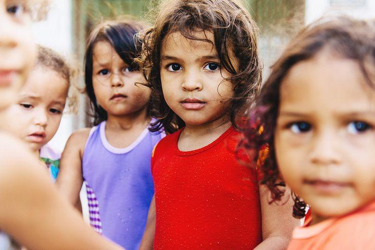 """Kinder im Projekt """"Educandário"""" vom Kinderhilfswerk Dritte Welt."""