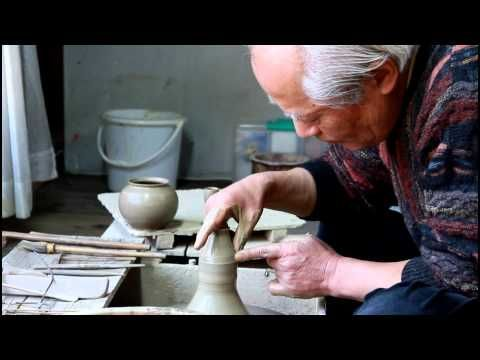 Tokoname Master Craftsman - Hokujo (Genji Shimizu) - YouTube #Ceramics
