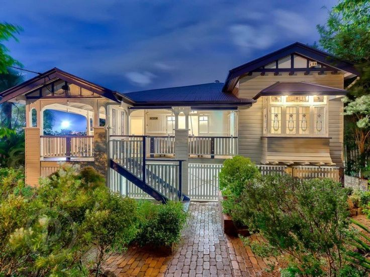 The 189 best images about australian homes on for Queenslander home designs australia