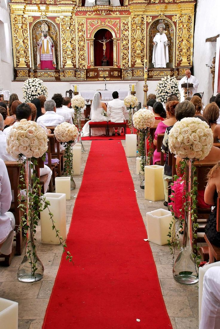 17 best ideas about arreglos florales para iglesia on for Decoracion iglesia boda