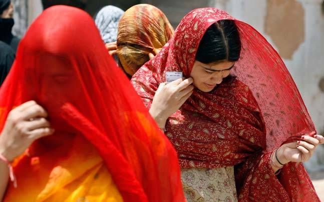 500 Women-only Polling Booths To Set Up In Muzaffarnagar ... #UPElections2017