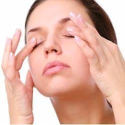Top  Home Remedies for Swollen Eyes