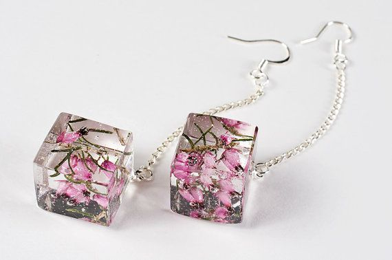 Resin earrings with dried heather flowers - Sterling silver earrings with dried flowers in clear resin