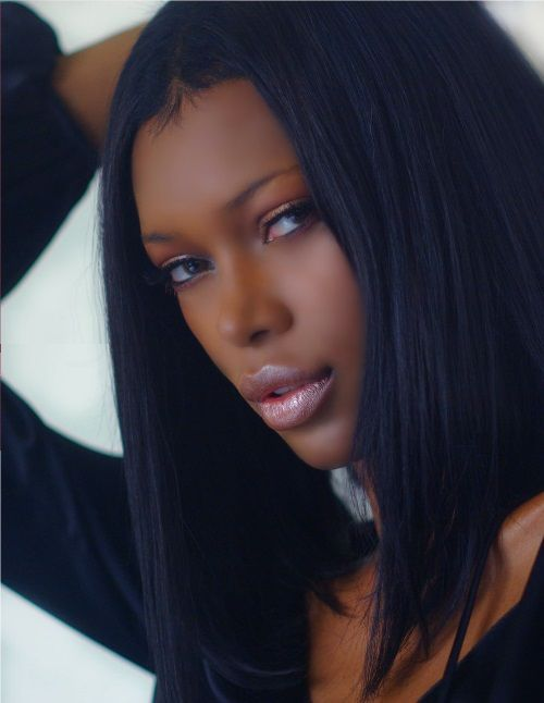 Ebony Supermodel 90