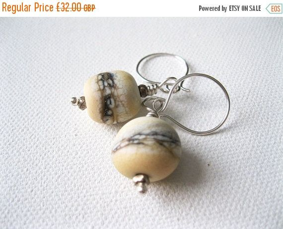 ON SALE Cream Artisan Lampwork & Sterling by blossomingsilver