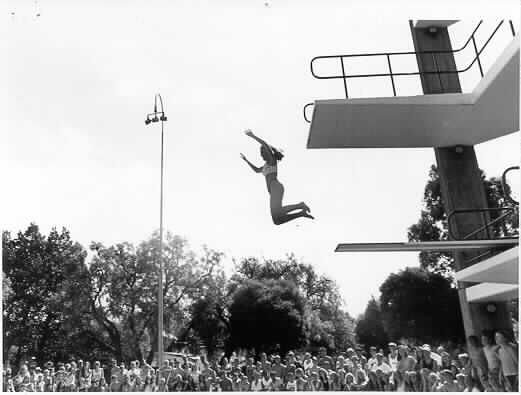 Jumping from the tower at Harold Holt Pool, 1989.
