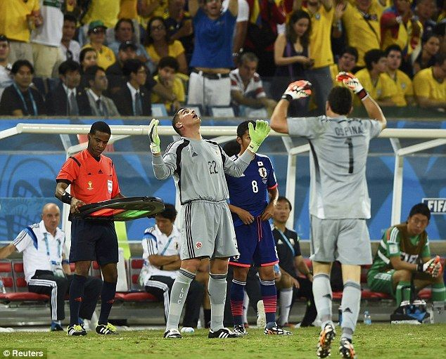 Brasil 2014: Colombia v/s Japan Photos | Football Wallpapers