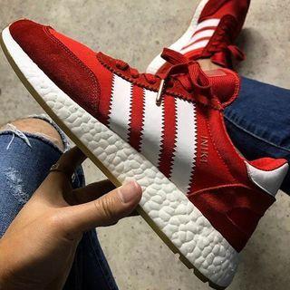 こんばんうぃ ・ 昨日は @daysbymolto からのLive沢山の方に見て頂きありがとうございました☺️ ・ Live中にちょいちょい話題に出たこの赤いスニーカーお気に入りの一足です✨ ・ 新旧の良いとこ取りな感じがGOOD ・ #adidas の#INIKI  ・ ちょうど赤い靴探してたんで @kazu9316 カズさんに教えてもらって即買いでした✨ ・ 兄貴←あざす ・ 昨日のLiveの告知通りこの後21時から @daysbymolto よりnewアイテム販売開始しますのでよろしくお願いします ・ ではまた…⛺️スッ ・ #fashion#coordinate#ファッション#コーディネート#コーデ#今日のコーデ#ootd#outfit#今日の服#今日の靴#アディダス#スニーカー#sneakers#kicks#mensfashion#menswear#mensstyle#instagood#instafashion#fashionista#fashionblogger#sukelife