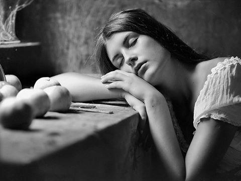 «Сон — это маленькая передышка для эго. Оно должно оставаться сильным чтобы быть тем, чем оно не является.» ~ Байрон Кейти  «Sleep just gives the ego a little time out. It has to stay strong in order to be something that it isn't.» ~ Byron Katie