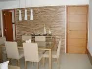 Resultado de imagem para paredes forradas com pedra madeira e papel