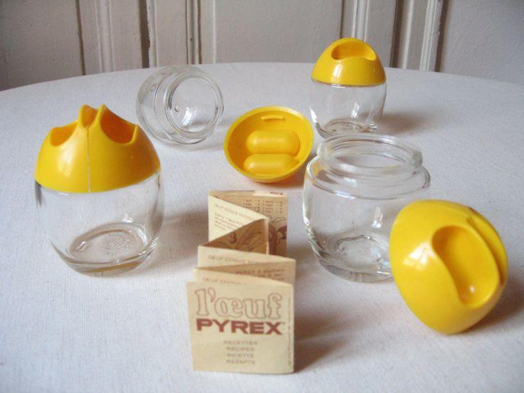 """4 Cuiseurs à œufs / """"L'œuf"""" Pyrex / Cuit-œuf vintage / Coc-pot Pyrex / Coquetier de cuisson bain-Marie / Recette œuf coque / Vintage 60-70's de la boutique LMsoVintage sur Etsy"""