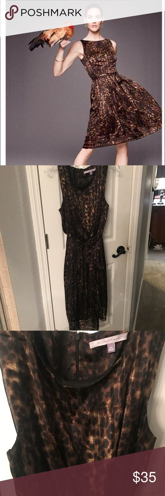 luxe by carmen marc valvo cheetah size 14W Beautiful cheetah print dress with tie at waist pleated bottom and nice edge luxe by carmen marc valvo Dresses