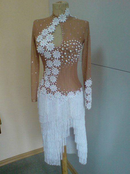 платье для бальных танцев, латинская программа.