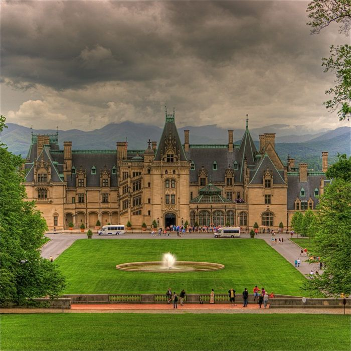 9. And if natural beauty isn't enough for you - the Blue Ridge Parkway also boasts the largest house in America, the Biltmore Estate.